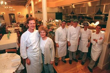 Gordon and Fiona Hamersley with their crew at Hamersley's Bistro in 1995.